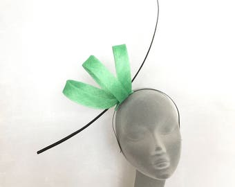 AIMEE Apple Green Fascinator Hat Headpiece Hatinator for Weddings Royal Ascot Epsom Derby Kentucky Derby Dubai World Cup Grand National