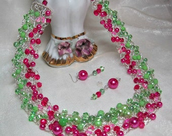 Wire Crochet Beaded Necklace Set in Hot Pink and Green, handmade crocheted wire jewelry, pink and green beadwork necklace