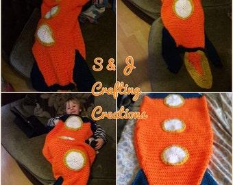 Children's novelty rocket blanket