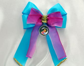 Jasmine Bottle Cap Bow with Tails