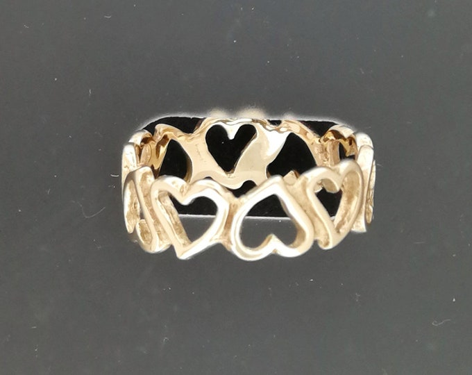Linked Hearts band in Antique Bronze