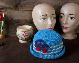 Vintage hat for children.