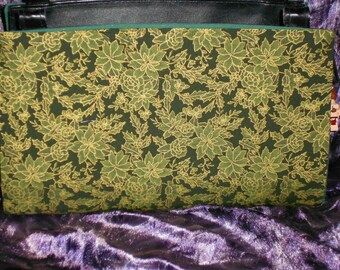 Green and Gold Poinsetta Magnetic Purse Cover