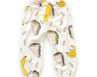 Retro sweatpants sewing pattern // pdf download // 0-3m to 5-6T // #100