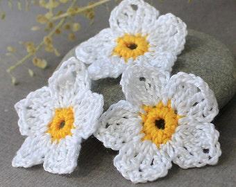 Crochet Flowers Applique, White Crochet Flowers 3.7 cm 3 pcs Crocheted Flowers, Flowers Crochet, Crochet Applique, Handmade Applique Flowers