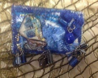 Walk in the sea... Porcelain/textile art brooch