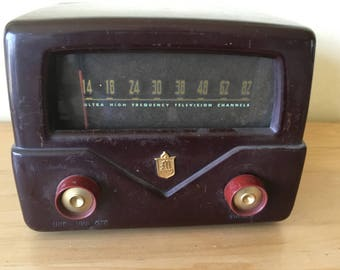 Vintage Mallory UHF TV Antenna Tuner Model TV-101, Bakelite Case, Steam Punk, Industrial, Found Object, Altered Art Project