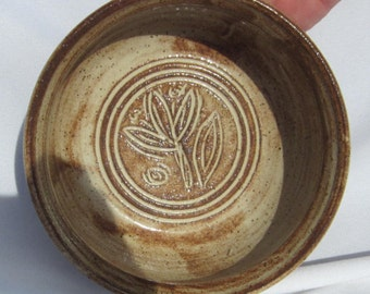 REDUCED Serving Bowl with Carvings - Handmade pottery