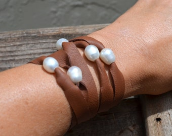 Leather and Pearl Bracelet, Soft Flat Deertan Leather With Chunky Freshwater Pearls, Avail in Brown, Black, Purple, Red and Blue, Gift Boxed