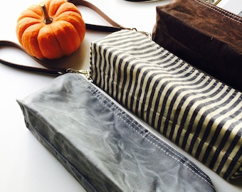 Waxed canvas pouch - waxed canvas bag,pencil case, brown travel pouch, zipper pouch, christmas gift pouch
