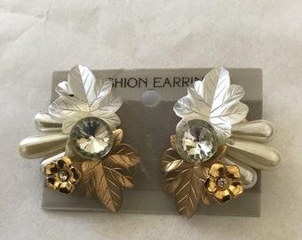 Vintage Lucite Crystal Flower Glittering Statement White Leaf Pierced Earrings - NOS