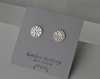 Flower Earrings, Silver Studs, Flower Studs, Daisy Earrings, Sunflower Jewelry, Silhouette Jewelry, Sterling Silver Studs, Feminine Earrings