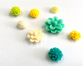 Resin Flower Magnets - Lemon & Lime - Rare Earth Magnets- Set of 8 colorful strong magnets in greens and yellows