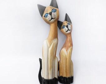 Wooden cat figurine set, Vintage Cat Décor , cat collection, cat Collectible, cat Décor, cat Home  Decor