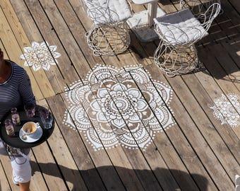Yoga Mandala stencil, 116 by 116 centimeters