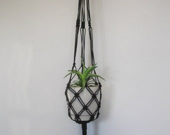 Macrame plant hanger. Hanging planter. Hanging flowerpot holder. 29 inches 3 mm