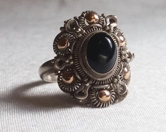 Anillo hecho a mano en plata 9.25, cobre y Onyx - Handmade ring made on silver, copper and Onyx