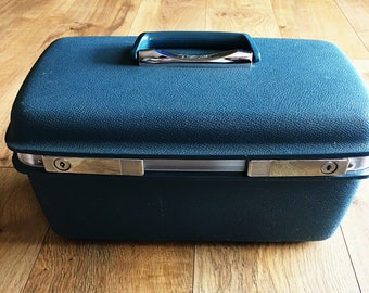 Samsonite Aspen train case, Aspen overnight case, blue hard plastic Samsonite ite Aspen