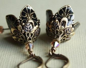 SALE....Black flower earring romantic summer fashion