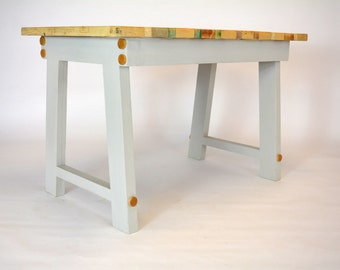 STYLE 2 Reclaimed Pallet Wood Dining Table