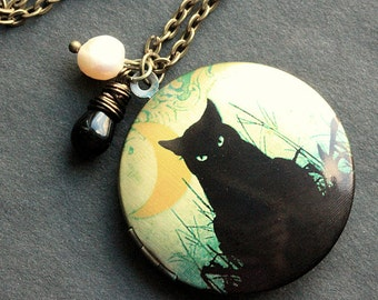 Black Cat Locket Necklace. Cat Necklace with Black Teardrop and Fresh Water Pearl. Handmade Jewelry.