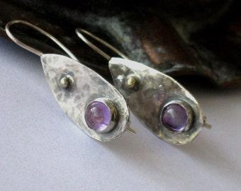 Amethyst Drop Earrings, Artisan Dangle Earrings, Hammered Dangles, Hanging Earrings, Amethyst Gemstone Drops, Antiqued Earrings