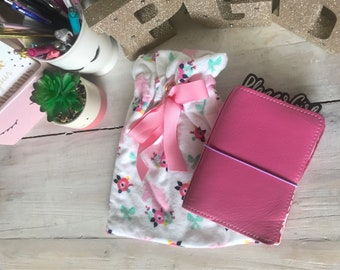 Be a Unicorn - Planner Jammies are the perfect planner pouch for your planner or TN. Made of super soft flannel you won't have