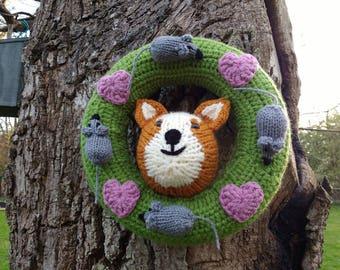 Decorative Wreath featuring a cat