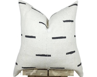 Mudcloth Pillow Cover, African Mud Cloth, Authentic Mud Cloth Pillow | Cream & Black | 'Nina'