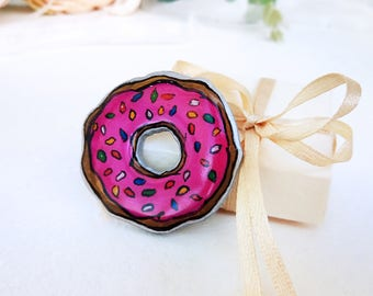 Pink Wooden Donut Brooch, Hand-painted Brooch, Funny Gift for Foodie, Positivity Badge on Backpack, Decorative Lapel Food Pin, Food Doughnut