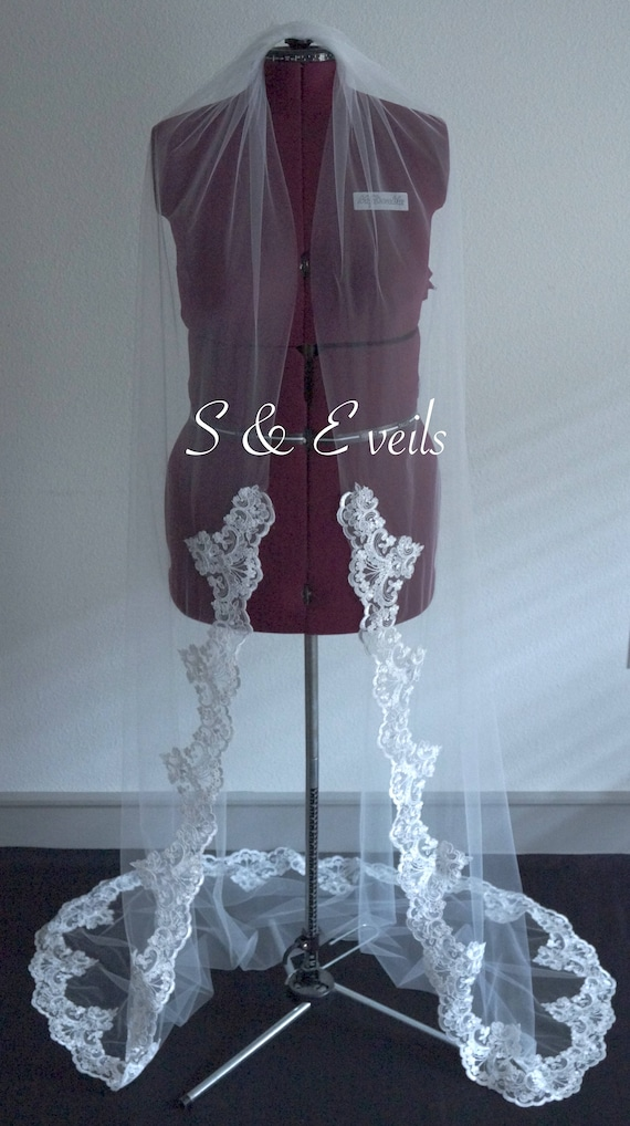 Cathedral Veil with Lace | wedding veil
