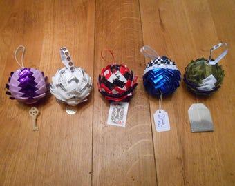 Set of 5 Christmas ornaments - Alice's Adventures in Wonderland