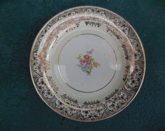 Vintage Paden City Ivory Colored Small Dessert Plate Warranted 22-kt Gold Flowers Floral Shabby Chic 1940s/1950s