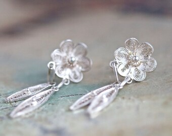 Lace Flower Earrings - Sterling Silver Portuguese Filigree _ Antique Dangle Earrings
