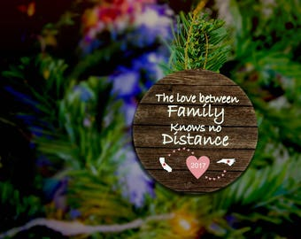 Long Distance Ornament The Love Between Family Knows No Distance Family Ornament Custom Ornament State To State  Rustic CUSTOMIZABLE MAGNET