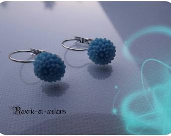 Blue dahlia shape earrings