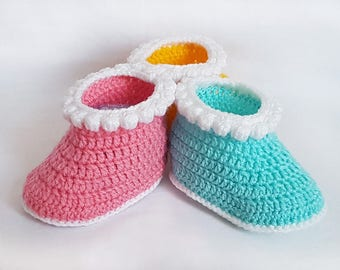 Crochet patterns - Baby booties -  crochet booties pattern - crochet shoes - boys booties - girls baby shoes - classic style boots