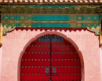 Boho Wall Decor, Chinese Door Photography, Red Door Photo, Asian Art,Pink Red Door Print,Asian Architecture Photography of China,Asian Decor