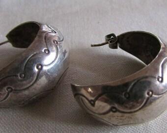 Navajo Sterling Silver Hoop Post Earrings