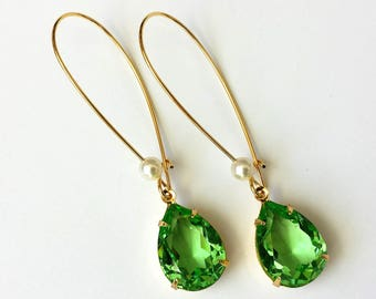 Peridot Crystal Earrings Swarovski Green Teardrop Earrings Green Drop Earrings Peridot and Gold Earrings Green Rhinestone Earrings