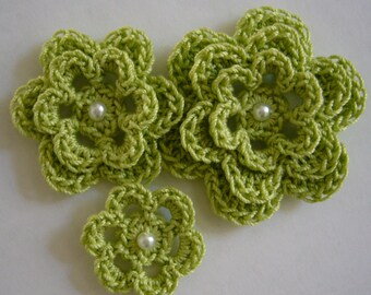 Crocheted Flowers - Lime Green With a Pearl - Cotton Flowers - Crocheted Flower Appliques - Crocheted Flower Embellishments
