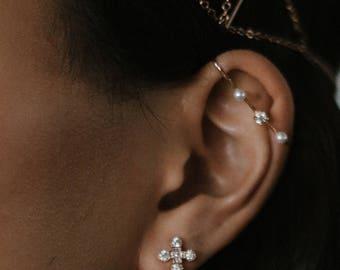 Calliope ear cuff -  ear bar - upper ear cuff single earring - gold plated 18k pearls earrings - celestial crystal earrings - bridal 20s