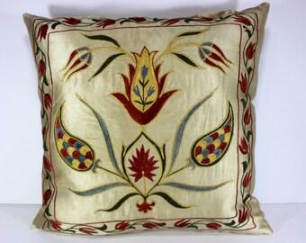 Silk Suzani Pillow cover, Suzani Pillow, Bohemian Pillow, Boho Pillow, Moroccan Pillow, Decorative Pillows, Accent Pillows, SP155