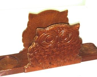 Vintage hand carved Owl wood napkin salt pepper shakers holder