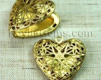 2pcs Filigree Heart Locket Raw Brass Victorian Style   - LKRS-L14RB