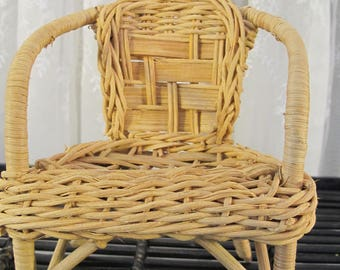 Vintage 90's wicker doll arm chair