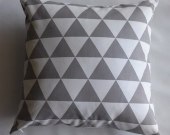 SALE, Grey/Natural Geometric Pillow Cover, 20''x20'' Grey/Natural Diamond Decorative Pillow Cover
