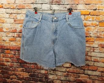 Plus Size Gitano Cut Off Shorts / Light Wash Plus Size Shorts /Size 18/ Denim cut offs / Item # 127