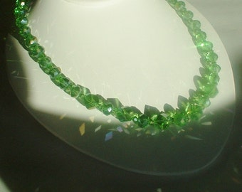 Vintage Green Aurora Borealis Crystal Necklace with Matching Drop Earrimgs Green Luster Aurora Borealis Faceted Crystal Restrung