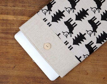 30% OFF SALE White Linen MacBook Case with moose fir print pocket. Case for MacBook 11 Air. Sleeve for MacBook Air 11 inch.